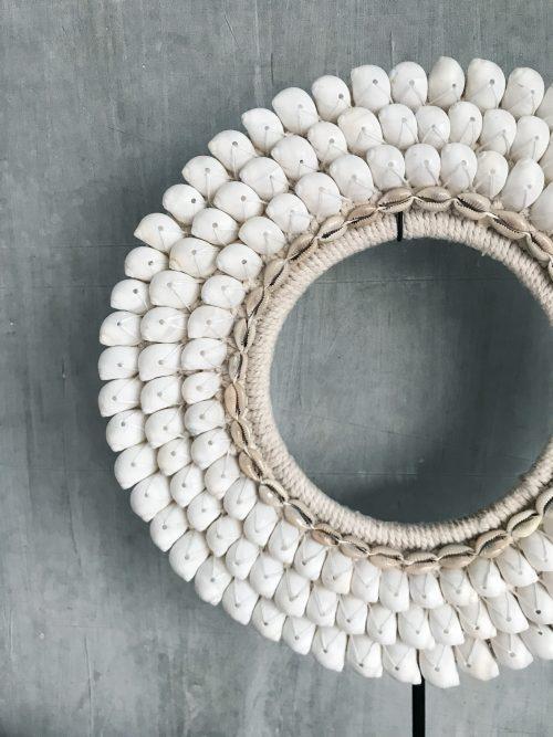 ronde schelpenketting met witte schelpen