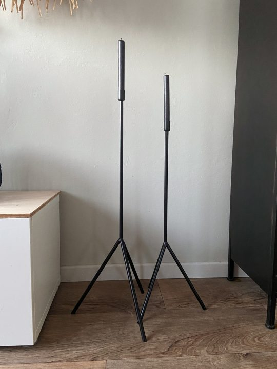 Metalen kandelaars met 3 poten