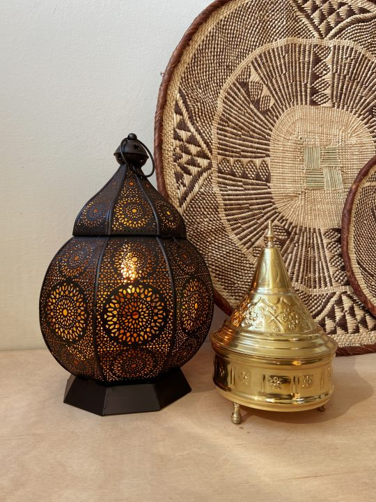 Oosterse lamp met gaatjes