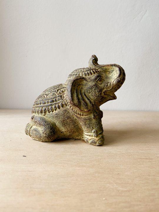 stenen olifant vintage look